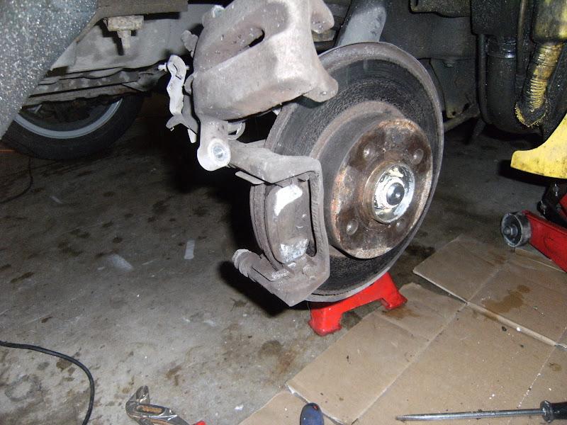 [Tuto] frein et changement moyeu (roulement) arrière (hgt) DSCF1830