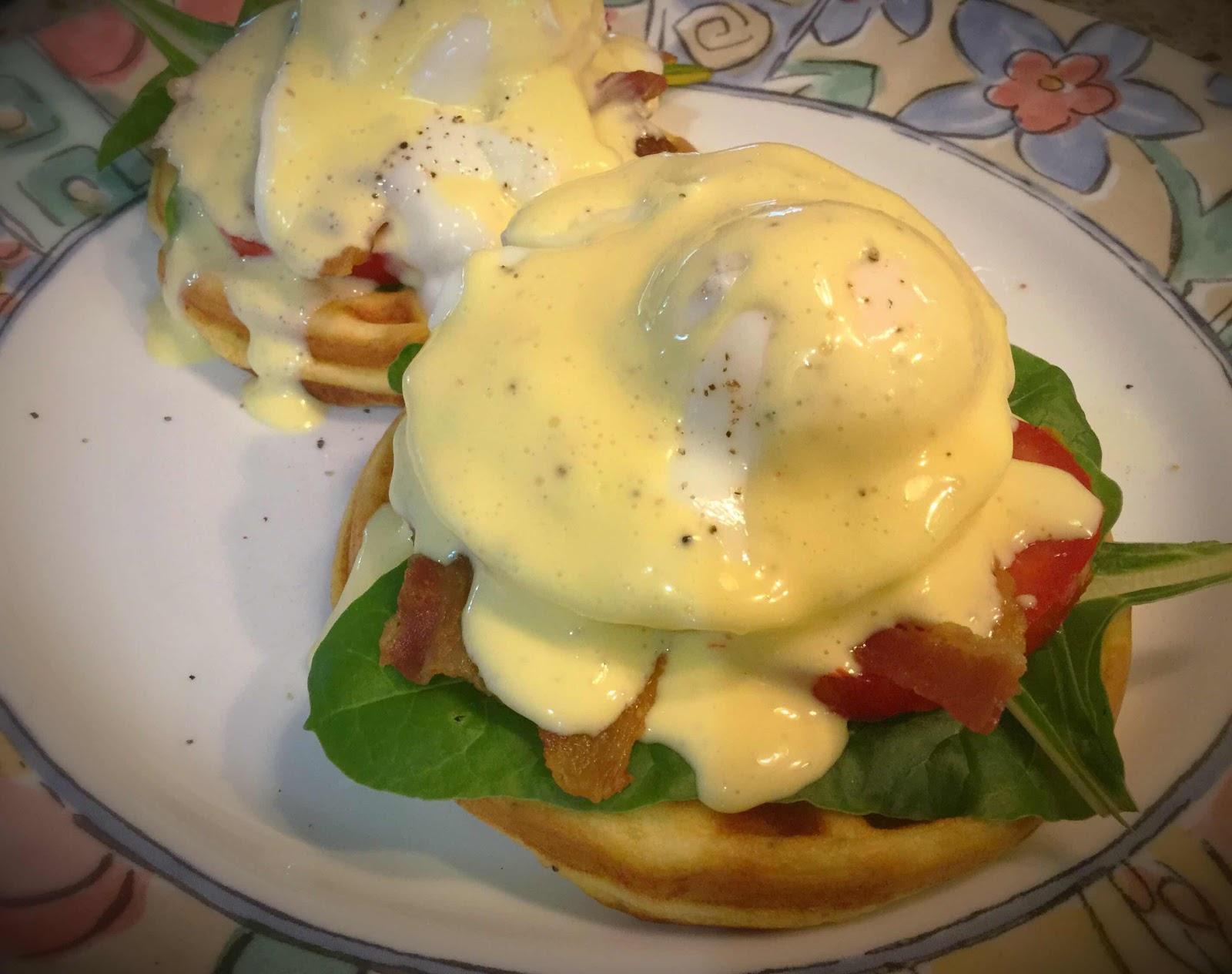 Eggs Benedict Chaffles