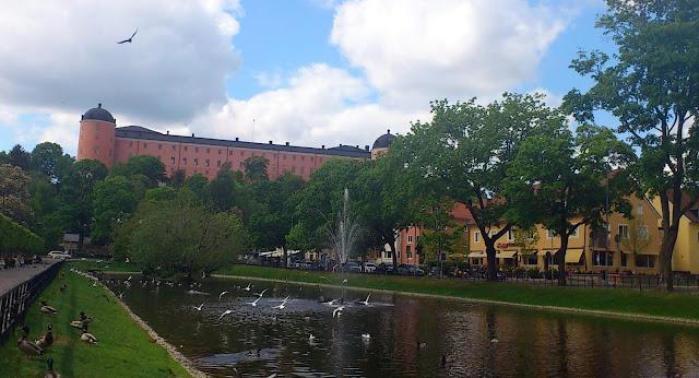 Svandammen och Uppsala slott