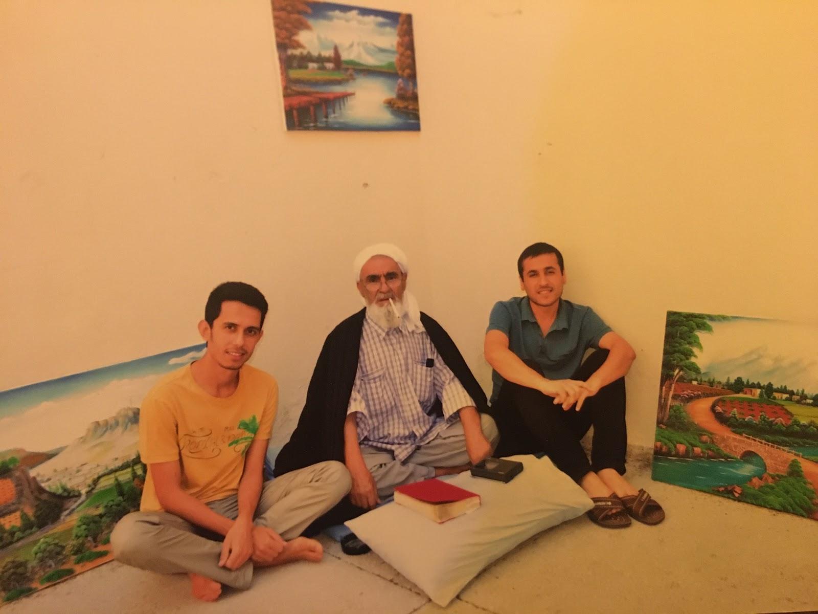 Уфук, засуджений разом з ним друг Фатіх та батько Фатіха – імам, теж засуджений у 69-річному віці (звільнився цієї весни)