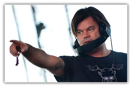 Paul Oakenfold 74w Paul Oakenfold – Planet Perfecto 100 SAT 09 28 2012
