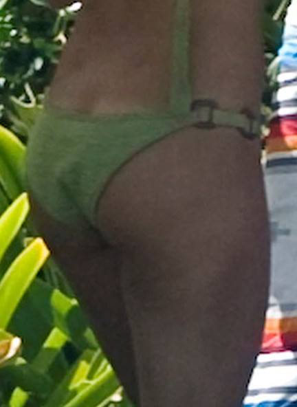 Guess That Ass:pretty,tits,ass0