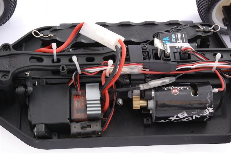 Hobbytech Re-Volt BX-10 DSC_4519_b