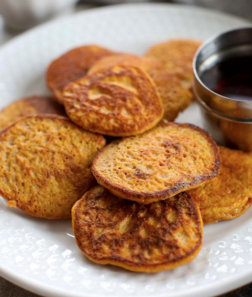 Living Juice's Organic 2-Ingredient Sweet Potato Pancakes