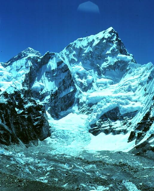 Еверест (Джомолунгма)