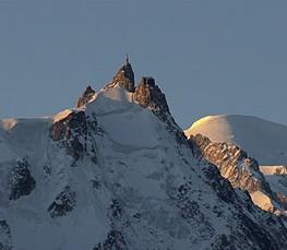 Вершина Эгюий дю Миди, высота 3842 м