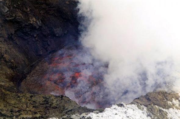 Лавовое озеро на вулкане Эребус