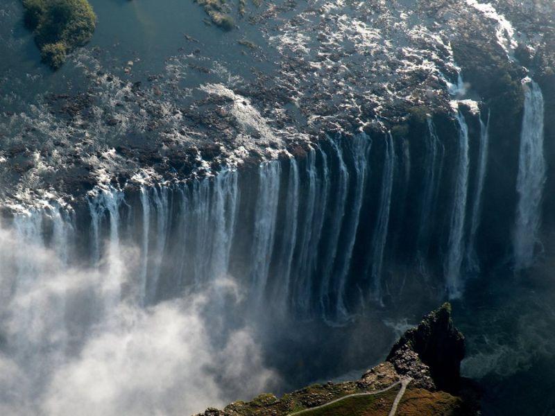 Водопад Виктория в половодье
