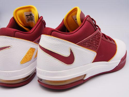 Nike Zoom LBJ Ambassador 3 8211 Cavaliers8217 Hardwood Classic