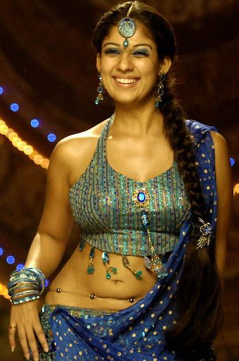 Nayantara In Saree Stills very hot neval