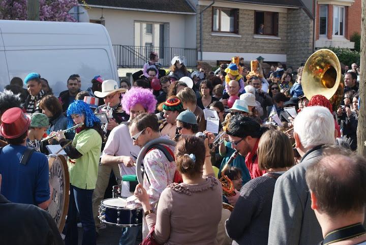 La fanfare de Nanterre au carnaval de l'école Romain Rolland
