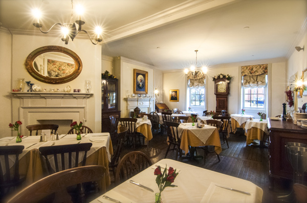 Reynolds Tavern weddings and events in Baltimore.jpg