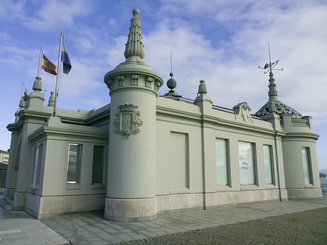 Palacete del Embarcadero: Mejores lugares de Santander