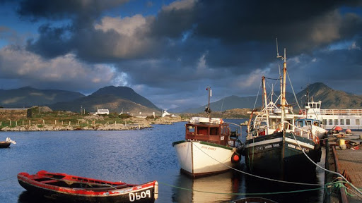 Ballynakill Harbor, Connemara, County Galway, Ireland.jpg