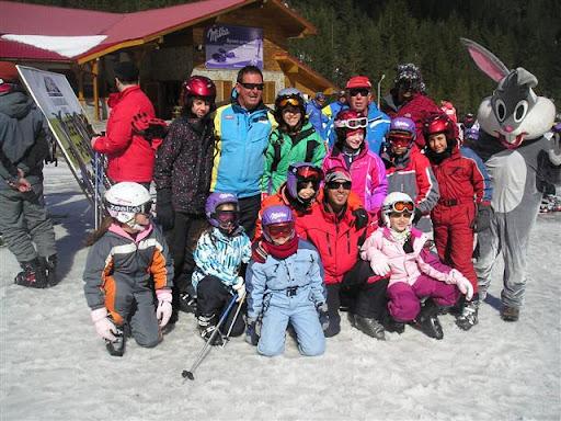 עבור לתמונות קייטנת סקי בעברית