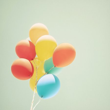 4789001595 c054994863 {color inspirations: palettes & balloons}