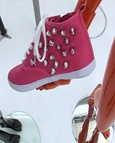decorar zapatillas con abalorios