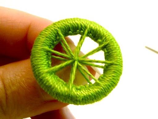 كيفية صناعة الازرار بالخيط Dorset_buttons12_xl