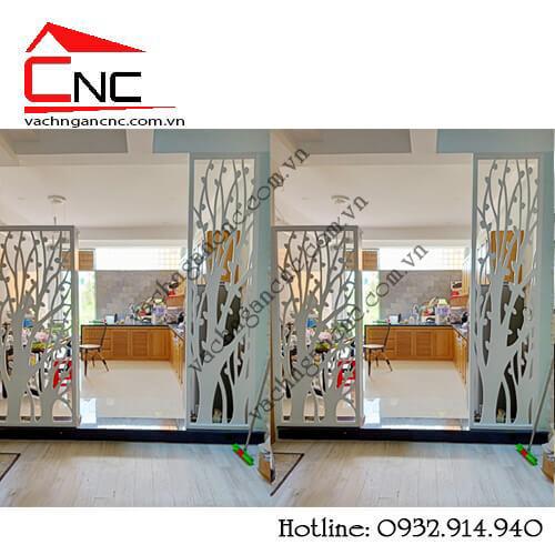 Cải tạo, làm mới phòng khách và bếp từ vách ngăn gỗ trang trí
