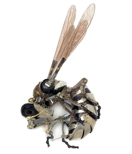 https://lh4.googleusercontent.com/_bKN77pn74dA/TW263yLD_nI/AAAAAAAAE50/94UnlgdeDbc/s512/fly-sculpture.jpg