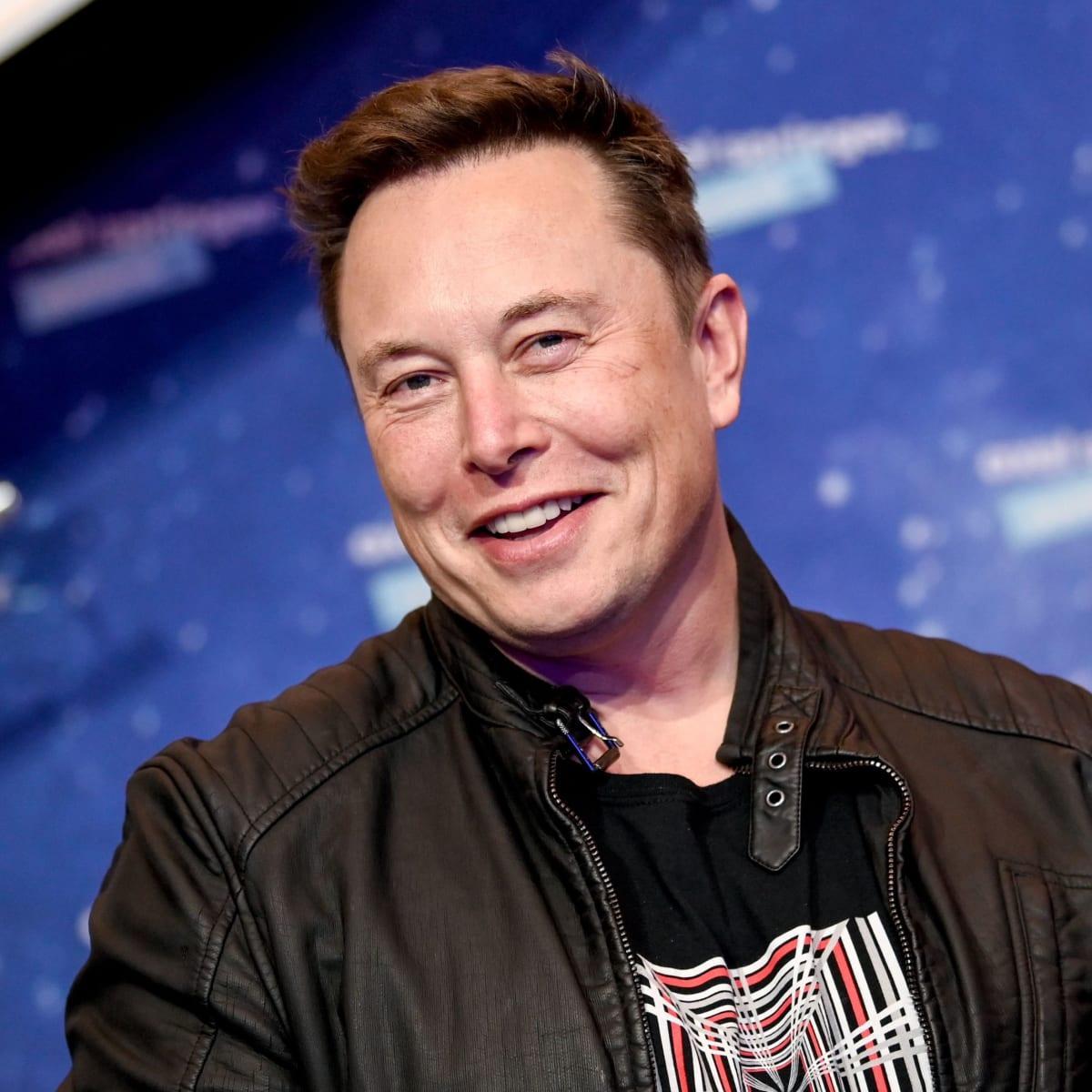 Elon Musk - Tesla, Age & Family - Biography