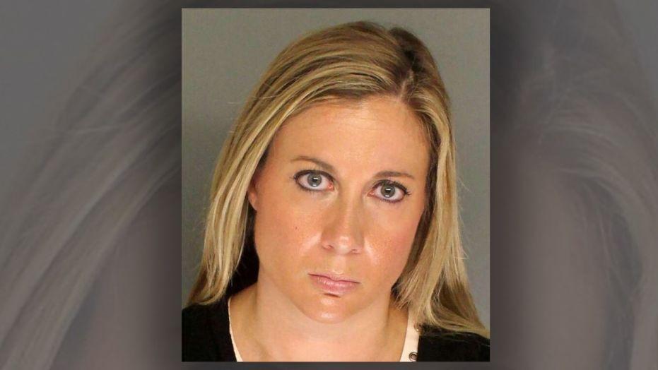 Nữ giáo viên bị bắt vì tấn công tình dục học sinh (Ảnh: Fairfield County Sheriff's Office)