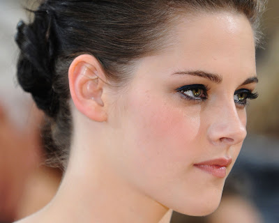 kristen stewart wallpapers widescreen