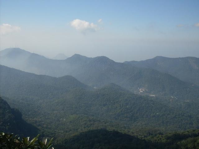 Vista do Bico do Papagaio em direção ao Alto da Boa Vista