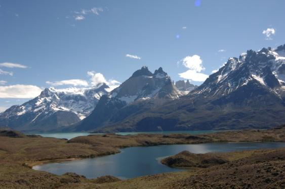 C:\Users\MariaConstance\Desktop\QWERTY TRAVEL\Fotos\CRUCEROS SKORPIOS\Ruta Kaweskar (Alta Resolucion)\23 Lago Nordenskjöld y Cuernos del Paine.JPG