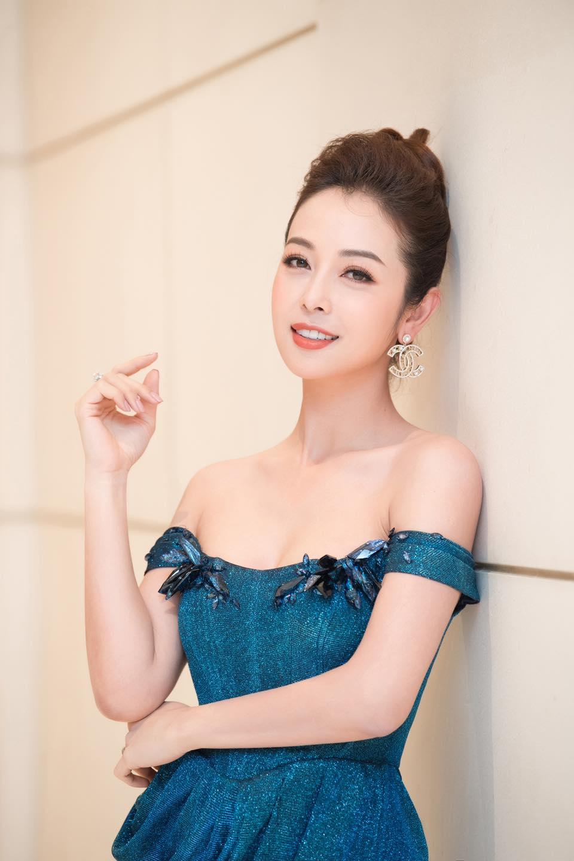 Hoa hậu Jennifer Phạm chia sẻ 4 tips phòng ngừa nám hiệu quả tại nhà - Ảnh 2