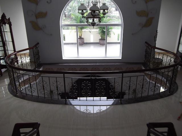 Hoa Văn Cầu Thang - HV -011