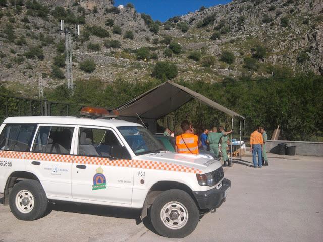 El vehiculo de Protección Civil Benalmádena en uno de los Puntos que cubrieron durante los 101 Km
