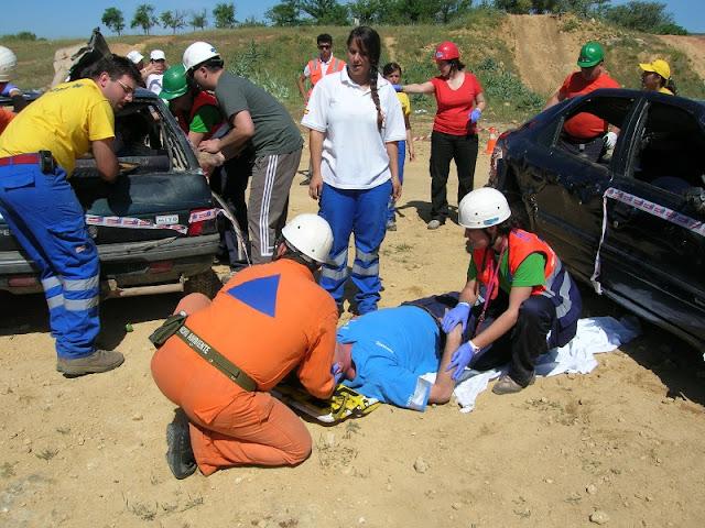 Durante el desarrollo del taller de Rescate en Vehiculos.