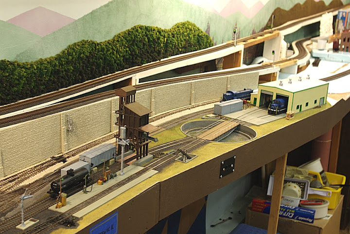 ho railroad wiring block diagram turntable and roundhouse real estate model railroader  turntable and roundhouse real estate model railroader