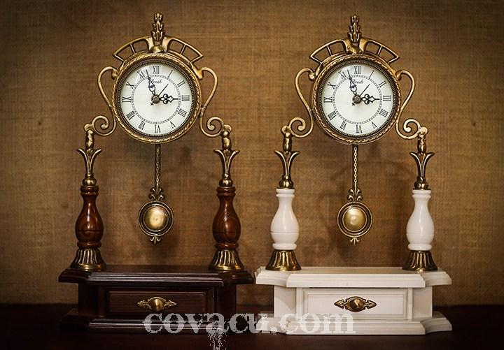 Đồng hồ để bàn phong cách Châu Âu với thiết kế sang trọng