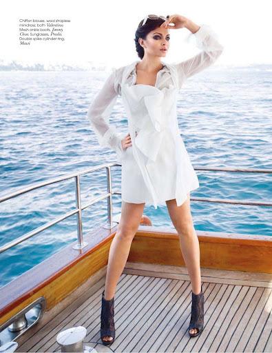 Aishwarya Rai Hot Photoshoot For Vogue Magazine