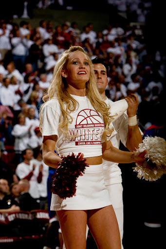 ou-cheerleaders-17