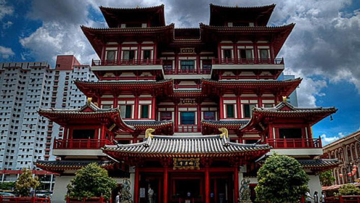 4) The Buddha Tooth Relic Temple and Museum-.jpg