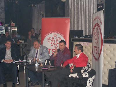 Cafeneaua Politică TSD