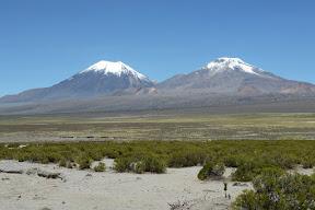 Le Pomerape (à droite) et le Parinacota