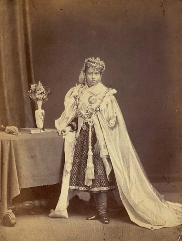 Old India Photos - Begum of Bhopal, 1872
