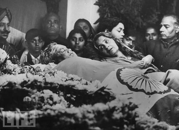 Old India Photos - Death of Lal Bahadur Shastri