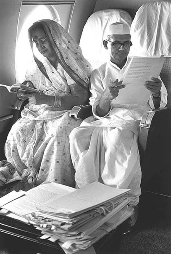 Old India Photos - Lal Bahadur Shastri with his wife