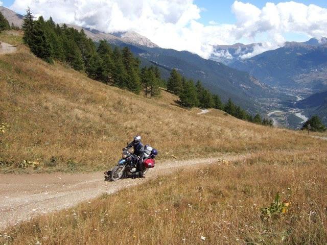 Vos plus belles photos de motos - Page 4 Frite%20-%20Alpes%20CH-FR-IT%20-%20Du%2004%20au%2012.09.2010%20036