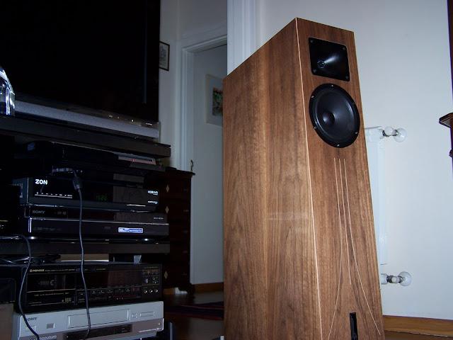 Sistema audio quasi-vintage... com algumas pontas novas  101_5631