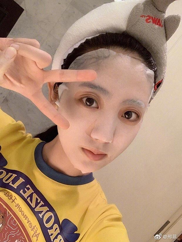 hình phi chăm sóc da mặt