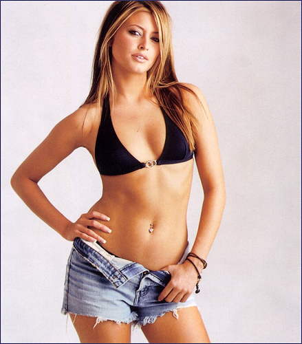 Miss COED: Holly Valance(Safe For Work-5photos)5