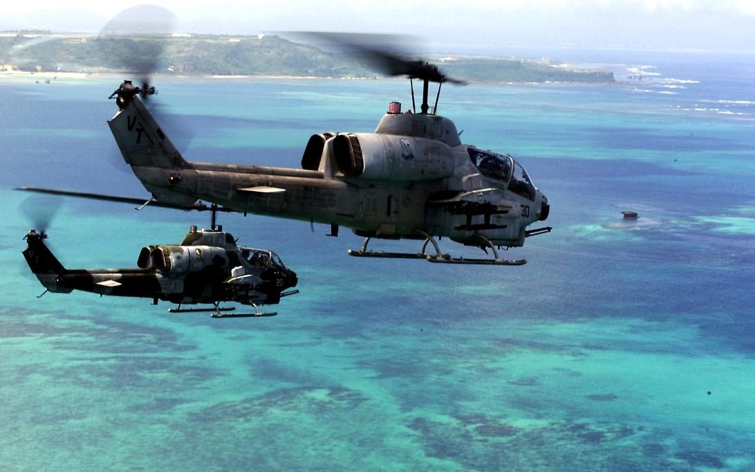 AH-1W Super Cobra, Attack Helicopter Wallpaper 3