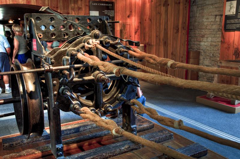 La machine à corder (Corderie Royale de Rochefort)... 20100812_09_Corderie_machine_corde_D90_DSC_0276-HDR