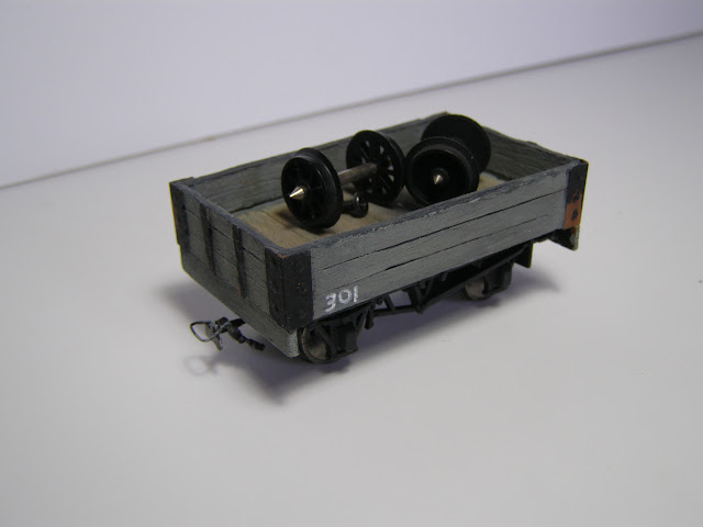 Balsa open wagon